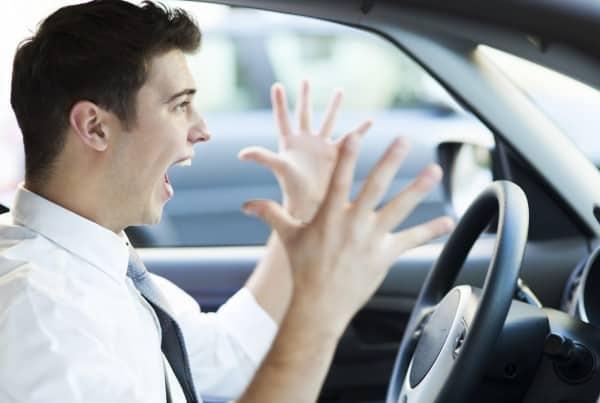 Como está o seu comportamento no trânsito?